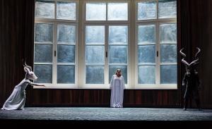 EMILY MAGEE como EMPERATRIZ © ROH / CLIVE BARDA